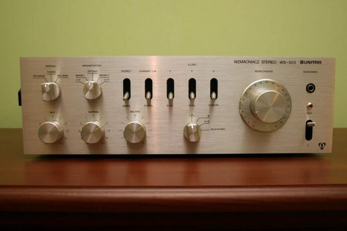 Усилитель мощности звука 4